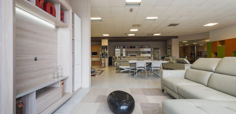 showroom mobili gussago