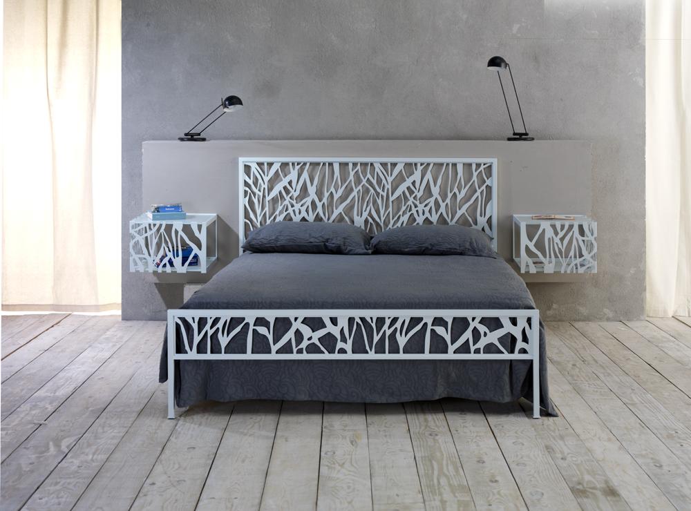 Vendita letti in ferro battuto brescia for Camera letto ferro battuto