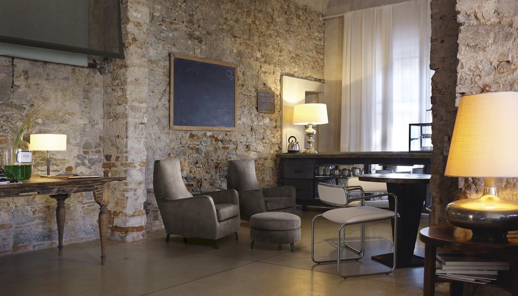 Vendita poltrone design brescia for Design vendita
