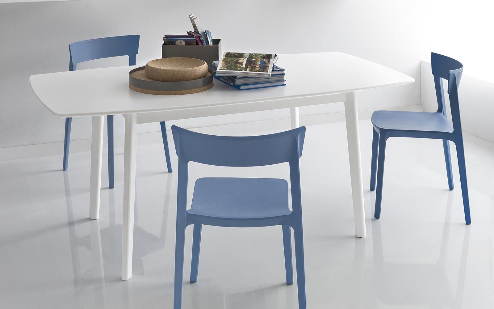 vendita sedie in plastica a brescia - Moby arredamenti