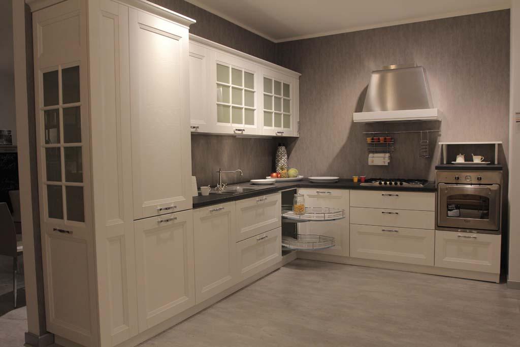 Offerta outlet cucina stosa modello beverly scontata del for Moby arredamenti